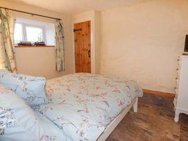 Upper Camnant Barn - Mid Wales - 918935 - thumbnail photo 8