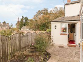 St Cuthbert's Cottage - Northumberland - 918954 - thumbnail photo 3