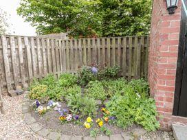 St Cuthbert's Cottage - Northumberland - 918954 - thumbnail photo 24