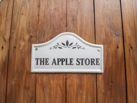 The Apple Store - North Wales - 919014 - thumbnail photo 2
