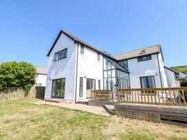 4 bedroom Cottage for rent in Swansea