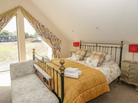 Nant-yr-Rhedyn - Anglesey - 919855 - thumbnail photo 29