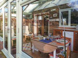 Wood Glen Cottage - Kent & Sussex - 920524 - thumbnail photo 8