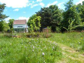 Wood Glen Cottage - Kent & Sussex - 920524 - thumbnail photo 2