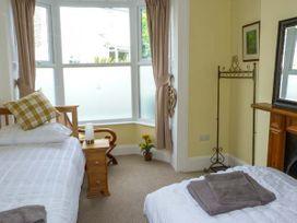 Seaview House - Isle of Wight & Hampshire - 920525 - thumbnail photo 15
