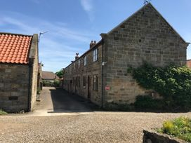 Danby Cottage - Whitby & North Yorkshire - 920738 - thumbnail photo 2