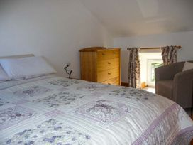 Cwmdu Cottage - Mid Wales - 920784 - thumbnail photo 6