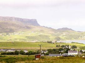 Tigh Dhomhnaill - Scottish Highlands - 920821 - thumbnail photo 23