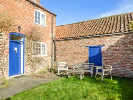 Bellafax Cottage - North Yorkshire (incl. Whitby) - 921426 - thumbnail photo 2