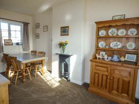 Bellafax Cottage - North Yorkshire (incl. Whitby) - 921426 - thumbnail photo 5