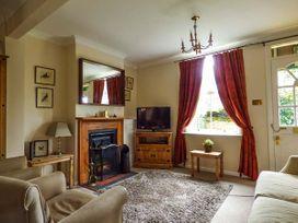 2 Laburnum Cottage - Norfolk - 921765 - thumbnail photo 2