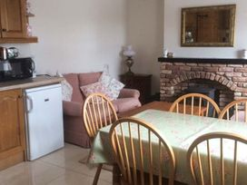 Brandy Harbour Cottage - Shancroagh & County Galway - 921778 - thumbnail photo 8