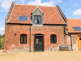Tricker's Cottage - Norfolk - 921785 - thumbnail photo 1