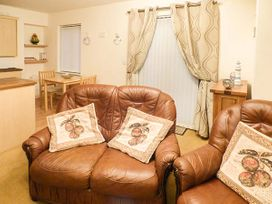 4 Chandlers Yard - South Wales - 921790 - thumbnail photo 1