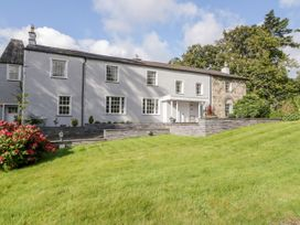 7 bedroom Cottage for rent in Narberth