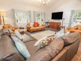 Bryn Derwen Coach House - North Wales - 921922 - thumbnail photo 6