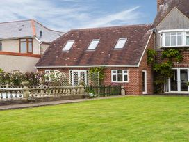 Muskoka Lodge - Somerset & Wiltshire - 922041 - thumbnail photo 2