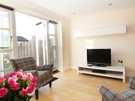 24 Bay Retreat Villas - Cornwall - 922465 - thumbnail photo 4