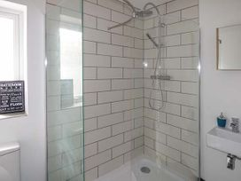 White Cottage Annexe - South Wales - 922678 - thumbnail photo 6