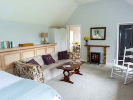 Standard Hill Cottage - Kent & Sussex - 922692 - thumbnail photo 4