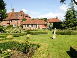 Standard Hill Cottage - Kent & Sussex - 922692 - thumbnail photo 11
