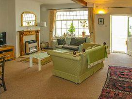 Oakwood Mews Cottage - North Wales - 922916 - thumbnail photo 3