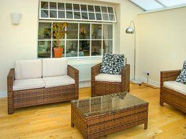 Oakwood Mews Cottage - North Wales - 922916 - thumbnail photo 10