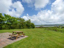 Fferam Y Llyn - Anglesey - 922967 - thumbnail photo 3