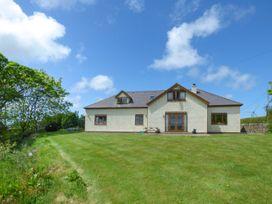 Fferam Y Llyn - Anglesey - 922967 - thumbnail photo 2