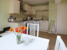 Rectory Cottage - South Wales - 923558 - thumbnail photo 7