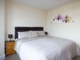 Garden Apartment - North Wales - 923688 - thumbnail photo 8
