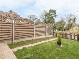 2 Bank Farm Mews - Shropshire - 923859 - thumbnail photo 18