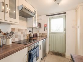 2 Bank Farm Mews - Shropshire - 923859 - thumbnail photo 12