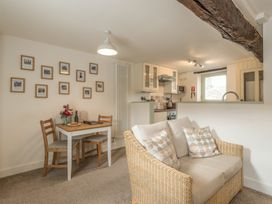 2 Bank Farm Mews - Shropshire - 923859 - thumbnail photo 6