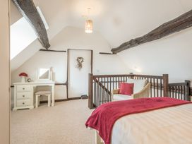 2 Bank Farm Mews - Shropshire - 923859 - thumbnail photo 13