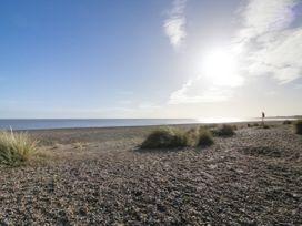 Sea Breezes - Suffolk & Essex - 923949 - thumbnail photo 22