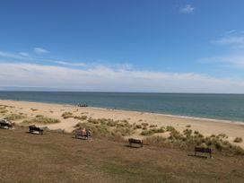 Sea Breezes - Suffolk & Essex - 923949 - thumbnail photo 20