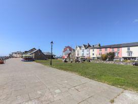 Base House - Mid Wales - 923983 - thumbnail photo 33
