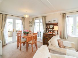 Sea View Lodge - Somerset & Wiltshire - 924003 - thumbnail photo 5