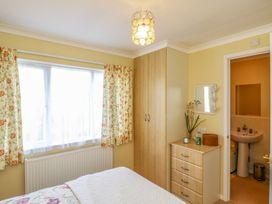 Sea View Lodge - Somerset & Wiltshire - 924003 - thumbnail photo 14