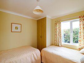 Sea View Lodge - Somerset & Wiltshire - 924003 - thumbnail photo 16