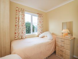 Sea View Lodge - Somerset & Wiltshire - 924003 - thumbnail photo 17