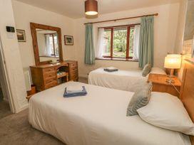 Holly Bush - Lake District - 924204 - thumbnail photo 11