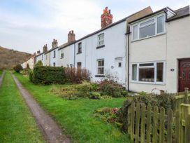 Chapel Cottage - Whitby & North Yorkshire - 924542 - thumbnail photo 2