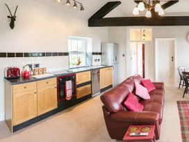 Stable Apartment - Cotswolds - 924553 - thumbnail photo 6
