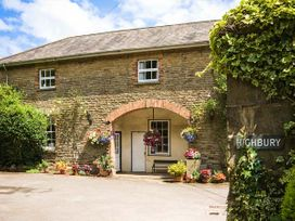 Stable Apartment - Cotswolds - 924553 - thumbnail photo 1