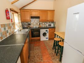 Kingfisher Cottage - South Wales - 924587 - thumbnail photo 4
