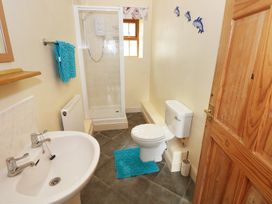 Swallow Cottage - South Wales - 924597 - thumbnail photo 11