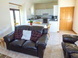 Hill Top Farm Cottage - South Wales - 924622 - thumbnail photo 4