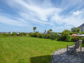 Sea View Apartment - North Wales - 924749 - thumbnail photo 18
